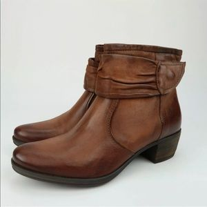 Mjus Fenton Cognac Distressed Leather Ankle Boots